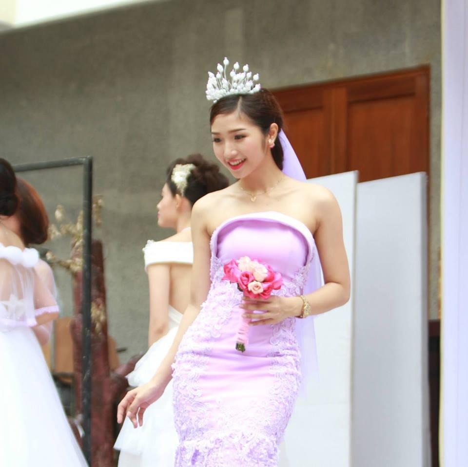 cung-cap-nhan-su-pg-model-nguoi-mau-an-tran