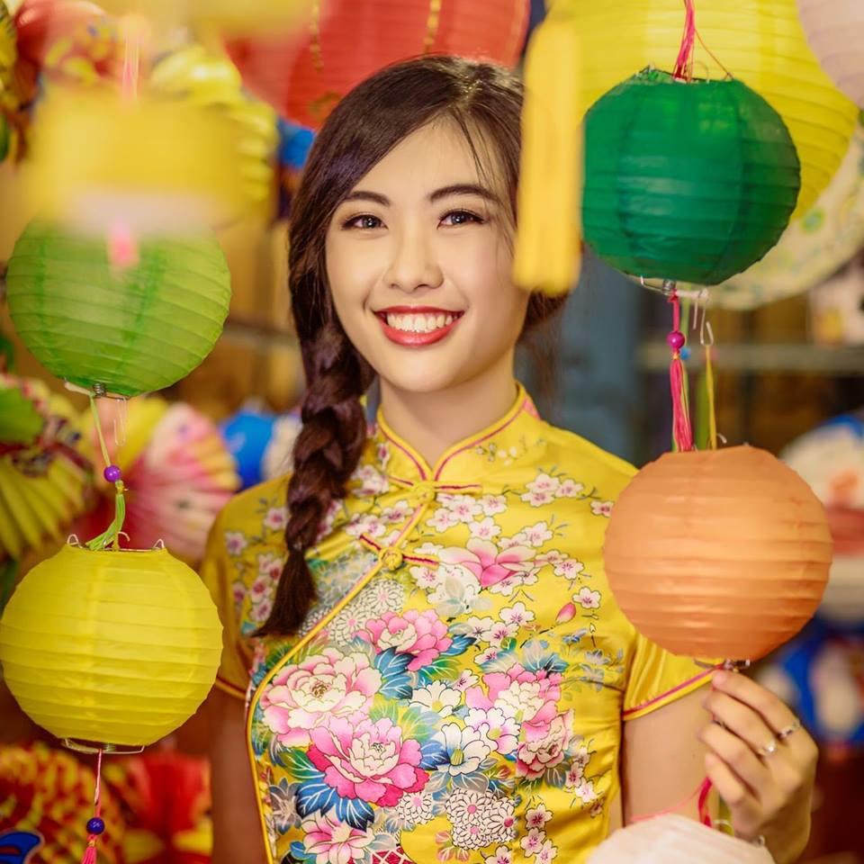 cung-cap-nhan-su-pg-model-nguoi-mau-do-lan-vy
