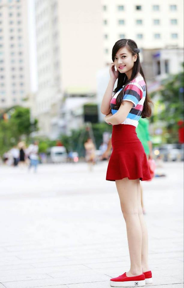 cung-cap-nhan-su-pg-model-nguoi-mau-le-vu-quynh-tram