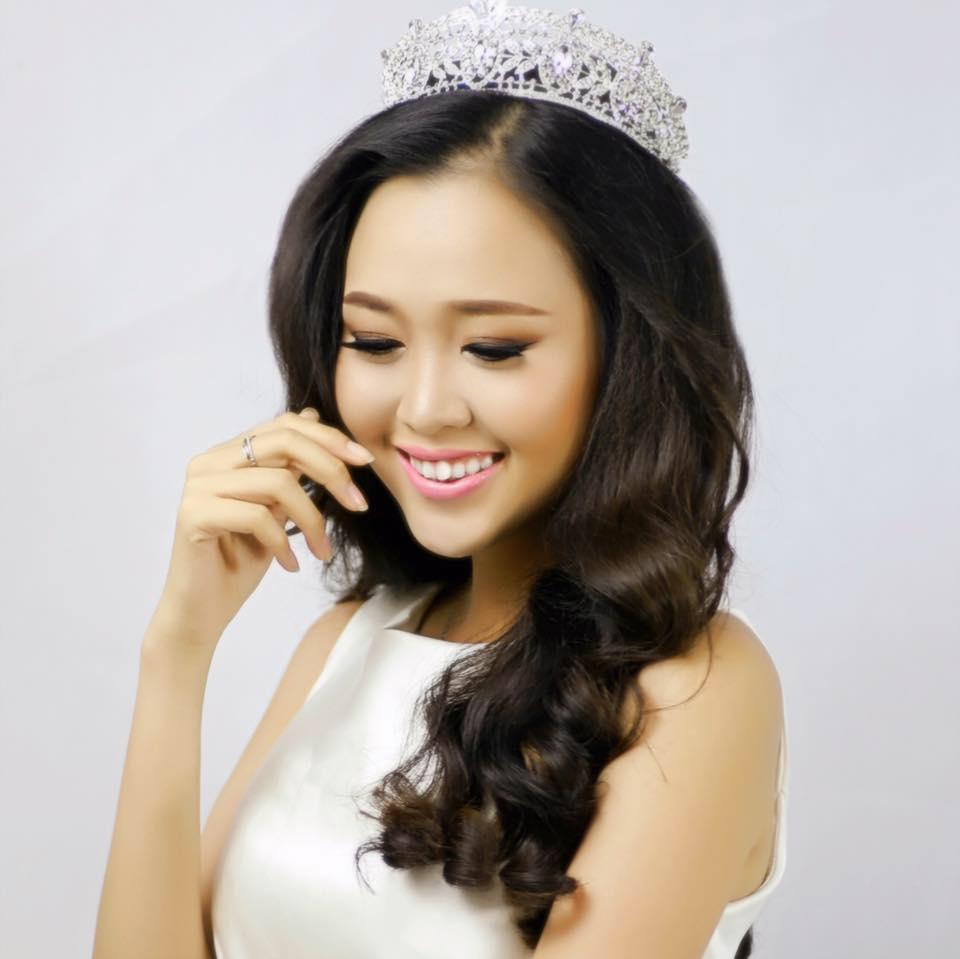 cung-cap-nhan-su-pg-model-nguoi-mau-nguyen-le-anh-nguyet