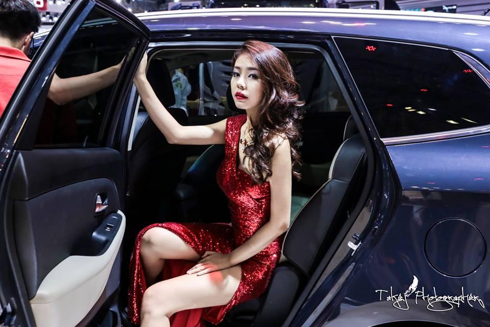 cung-cap-nhan-su-pg-model-nguoi-mau-thuy-phuong