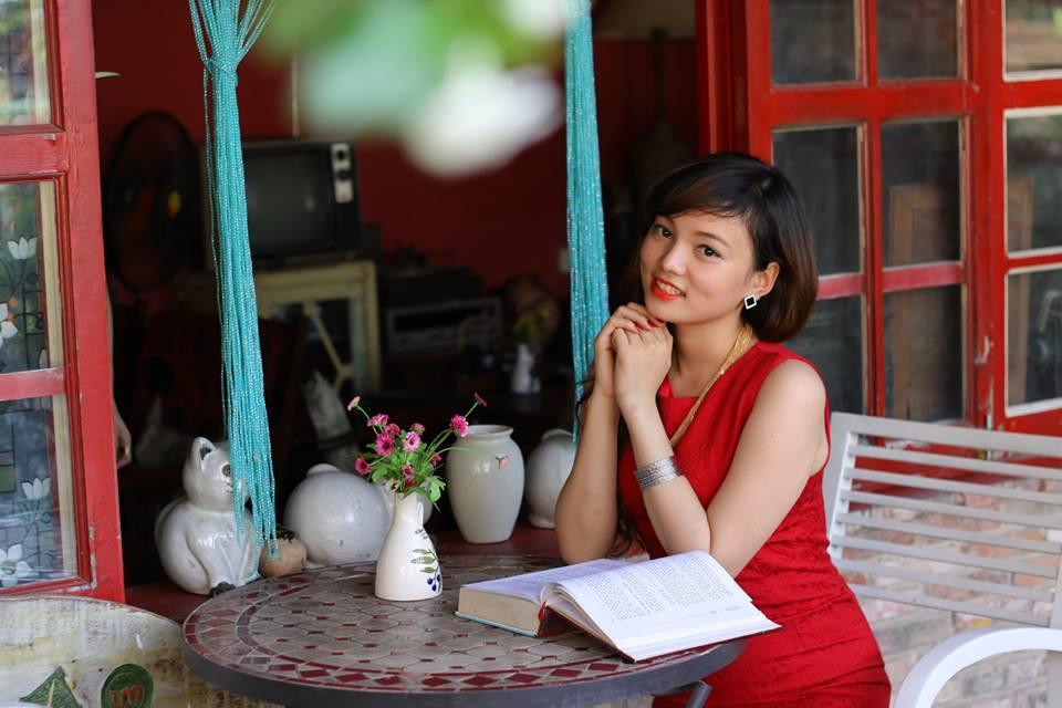 cung-cap-nhan-su-pg-model-nguoi-mau-van-my-duyen