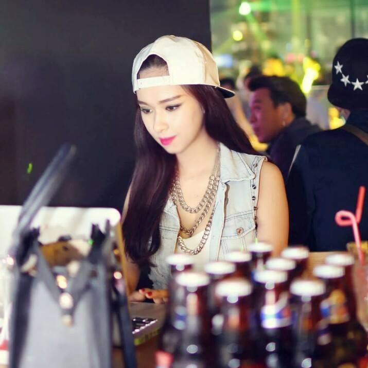 cung-cap-nhan-su-pg-pb-model-nguoi-mau-dj-nhom-nhay-celeb-nhan-tuong-kally