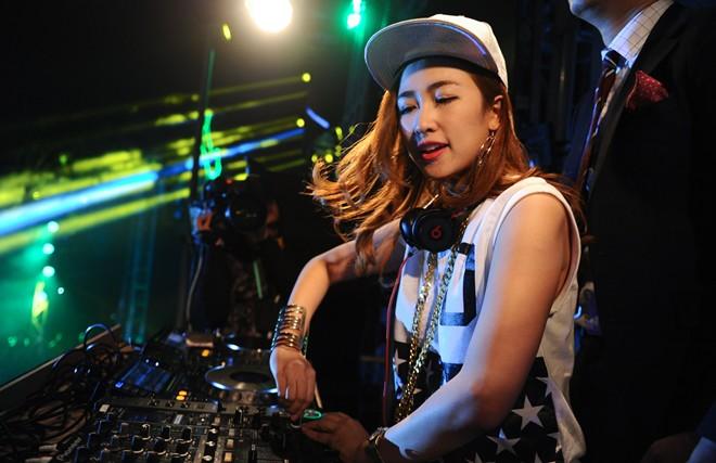 Một ngày sống trong âm nhạc của DJ Trang Moon