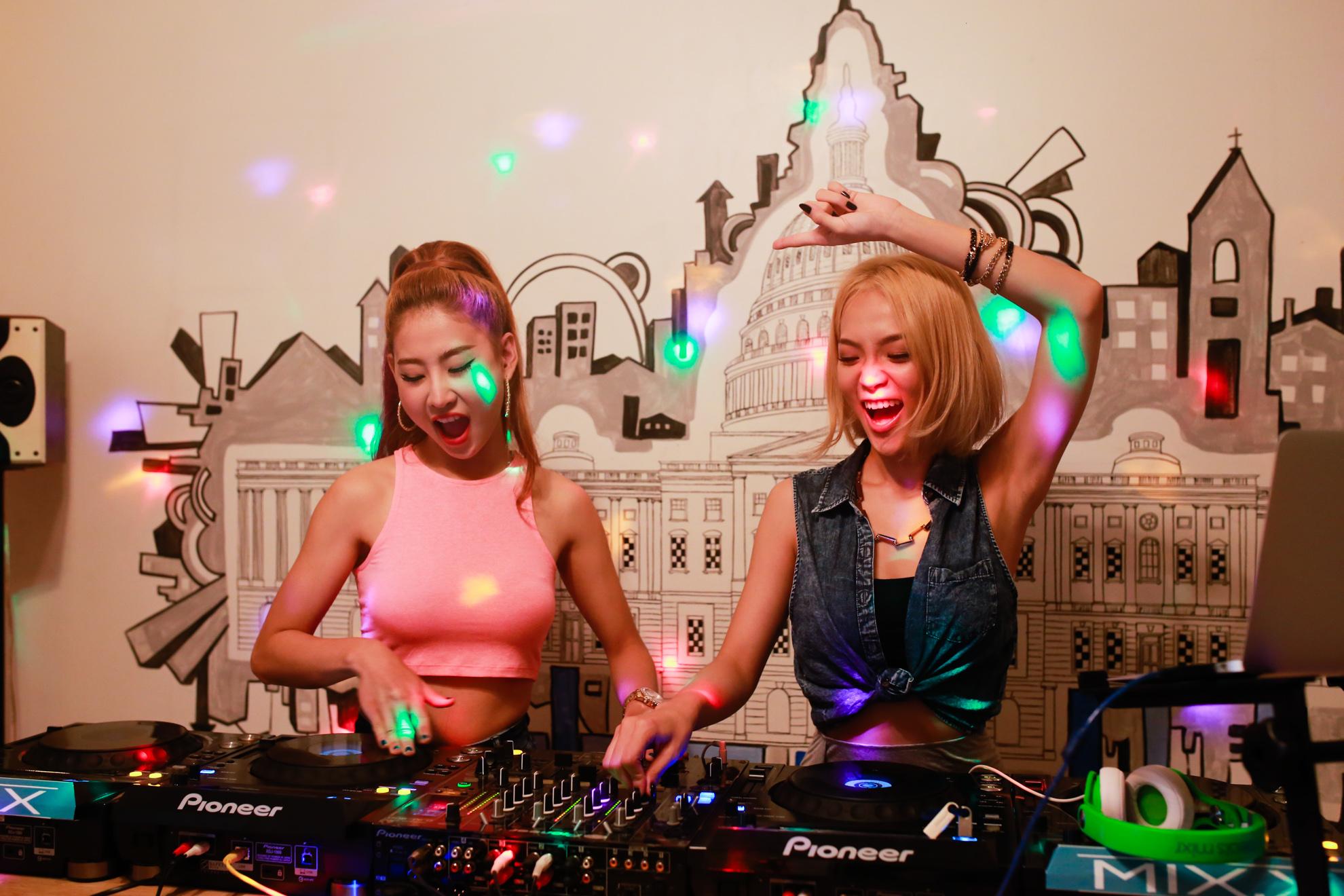 Một ngày của nữ DJ King Lady