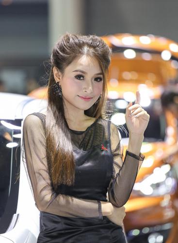 Người đẹp khoe dáng tại triển lãm ôtô lớn nhất Thái Lan
