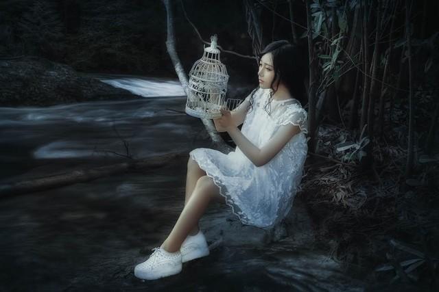 Phạm Võ Thanh Hiền với vẻ đẹp trong sáng, ngọt ngào và tinh khôi