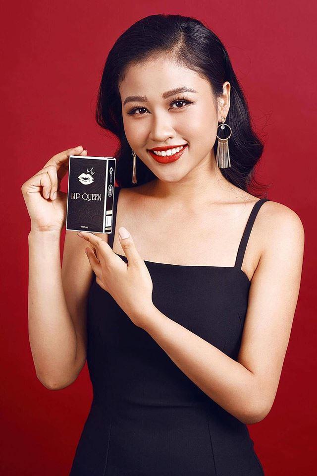 Người mẫu chụp ảnh sản phẩm